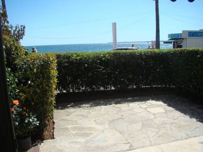 Photo for LE PLEIN SUD - Spacious 2 bedrooms  SEAFRONT
