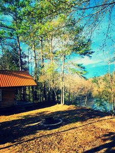 Waterfront cabin on Red Creek, Vestry, MS - steps from the water!