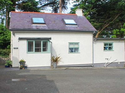 Photo for 1BR Cottage Vacation Rental in Beaumaris