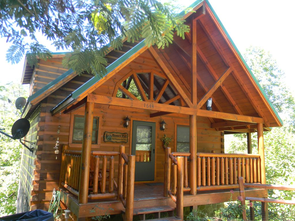 cheap als forge rentals tennessee discount inside cabin gatlinburg luxury pool cabins with indoor military pigeon pools