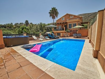 Photo for Lovely Villa located in Sierra de Cártama