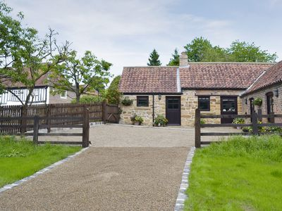 Photo for 2 bedroom accommodation in Sutton-under-Whitestonecliffe, near Thirsk