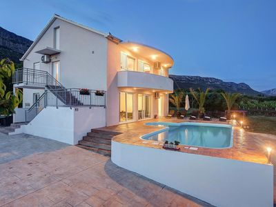 Photo for Comfortable, detached villa with pool, lots of privacy and stunning views