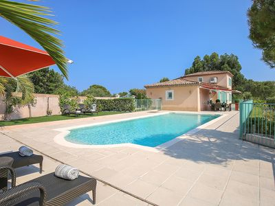 Photo for 4 bedroom Villa, sleeps 8 in Biot with Pool, Air Con and WiFi