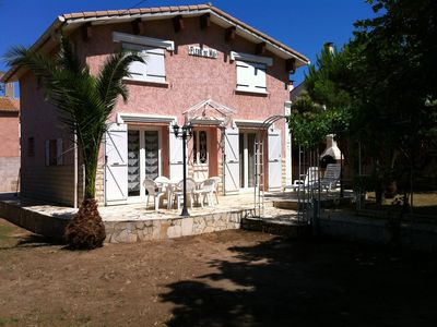Photo for charming house with garden, close to beach, sleeps 6, 3 bedrooms