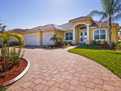 Photo for Villa Sanibel in the beautiful southwest of Cape Coral