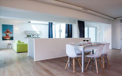 Photo for Amazing 3bdr apartment with the lagoon view, Venice