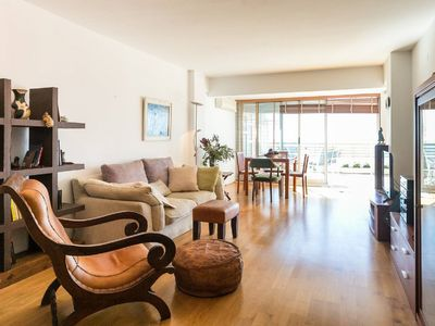 Photo for Apartment with large terrace facing the sea!