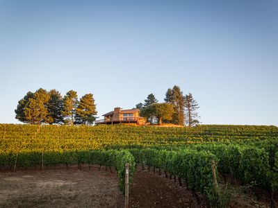 Photo for Luxury Wine Country Retreat