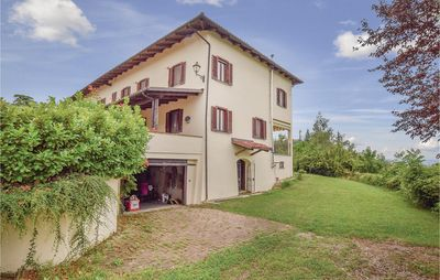 Photo for 4 bedroom accommodation in Agliano Terme AT