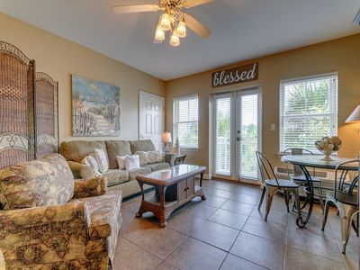 Photo for Updated, bright unit, Steps to the gulf, Short drive to entertainment