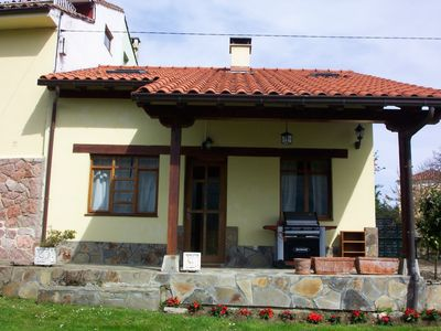 Photo for Large family-friendly house, near Llanes and beaches