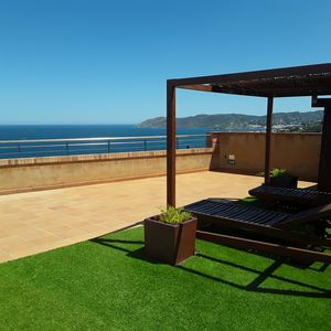 Photo for Confortable apartment with private pool, big terraces and excellent sea views