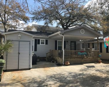 Photo for M57 LOCATION LOCATION Steps Away From Ocean/Pool/Grill/Store