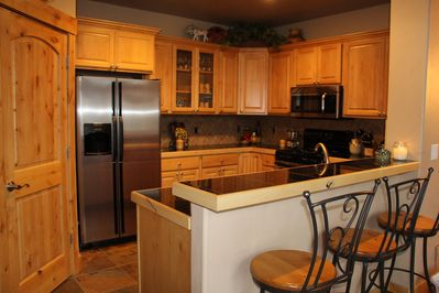 Fully equipped kitchen,  pantry and bar