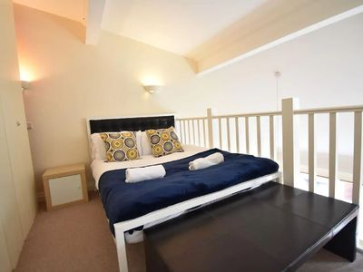 Photo for Historic Holiday Home in Sheffield near Town Centre