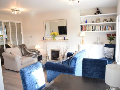 Photo for Modern 1 Bedroom Apartment in Notting Hill