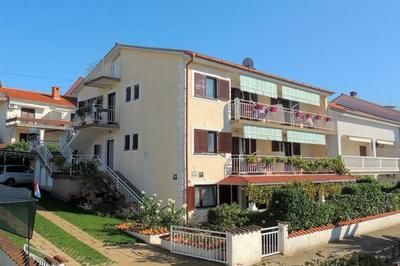 Photo for 1BR Apartment Vacation Rental in Malinska, Krk