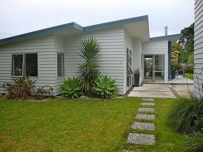 Photo for Relax at Cooks - Cooks Beach Holiday Home