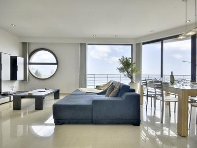 Photo for Stunning Open Sea Views and Perfect Location