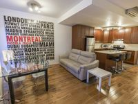 The condo was perfect for our stay in Montreal - clean, adequately equipped and quiet!