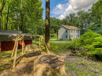 Rural and charming house w/Foosball table & board games