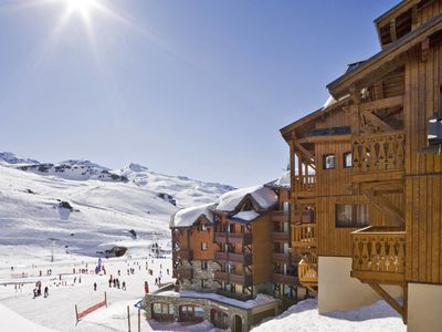 Photo for This 4-bedroom villa for up to 8 guests is located in Val Thorens and has Wi-Fi.....................