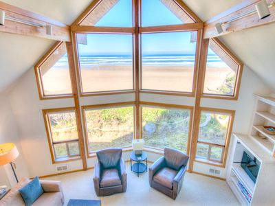 Photo for Ocean Front Home on a Sandy Beach Near Yachats! Free Night!