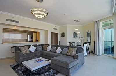 """""""Lounge with dining area very comfortable sofa ,  smart samsung tv,sound system"""""""