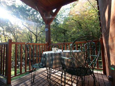 Photo for Peaceful chalet in the Golden Triangle, amenities 2 mins