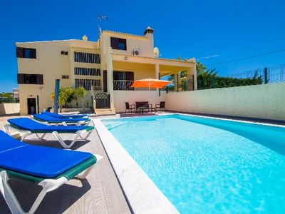 Photo for 5BR Villa Vacation Rental in Albufeira, Faro
