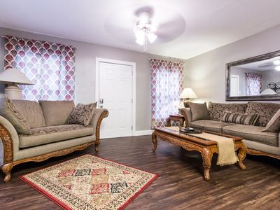 Photo for 3 block walking distance to Cowboys and Rangers Stadiums! 6Flags&HurricaneHarbor