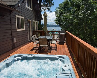 Hot tub, family seating and BBQ overlooking the lake all on our brand new deck!