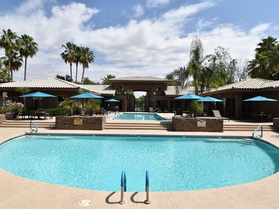 Photo for Scottsdale Kierland Condo, Wi-Fi, Gated, Hot Tub/Pools, King bed