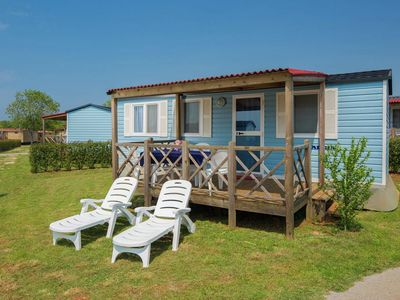 Photo for Comfortable chalet with a porch and furniture, 8km from Umag