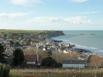 Photo for Beautiful cottage in the heart of Arromanches