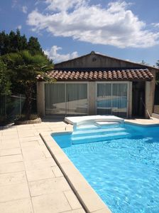 Photo for Beautiful house in a small Provencal village 20 'from Aix.