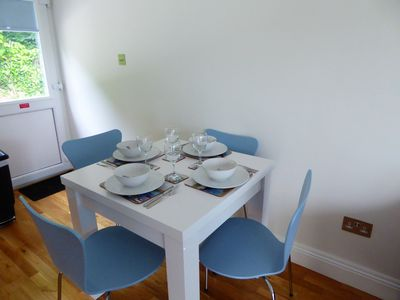Dinning room table, Extends to seat six