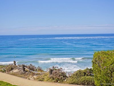 Photo for Oceanfront 5-star Corner Location With Panoramic Views