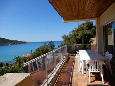 Photo for Ground floor apartment 100 meters from the beach.