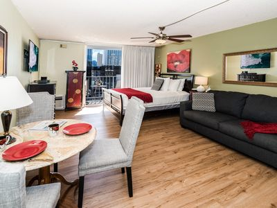 Photo for **Professionally Sanitized*Condo Near The Beach w/Free Parking+ Full Kitchen!