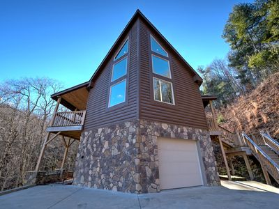 Photo for Wilderness Ridge - Spacious cabin with views, hot tub, game room, outdoor entertaining, and more!