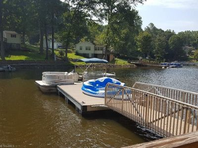 Dock to sunbathe, fish, swim and secure your boat. (Sorry, ours not for rent.)