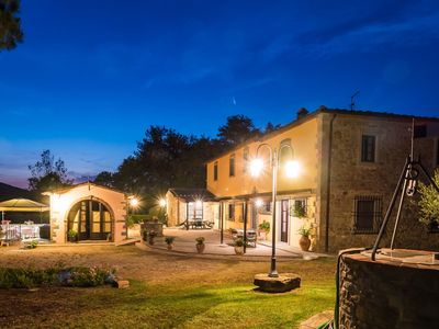 Photo for Nice apartment for 3 guests with WIFI, A/C, pool, TV, pets allowed and parking, close to Arezzo