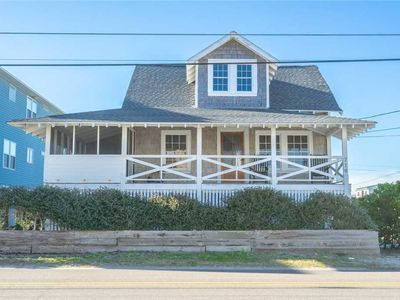 Photo for Good Ole Waves: 3 BR / 3 BA single family home in Carolina Beach, Sleeps 7