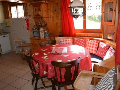 Photo for Apartment La Puce, Chalet in Rougemont - 5 persons, 2 bedrooms