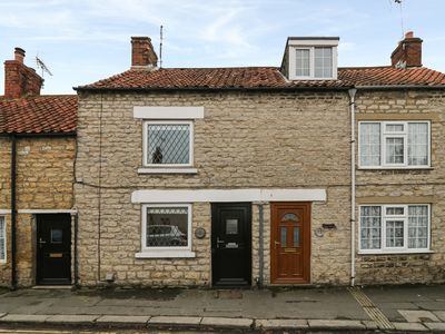 Photo for CANDLEMAS COTTAGE, pet friendly in Kirkbymoorside, Ref 943128