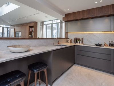 Photo for Duplex Penthouse with views of the London Eye