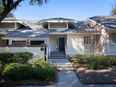 Photo for LUXURY 3 BR/ 3BA Lagoon View, Steps to Beach