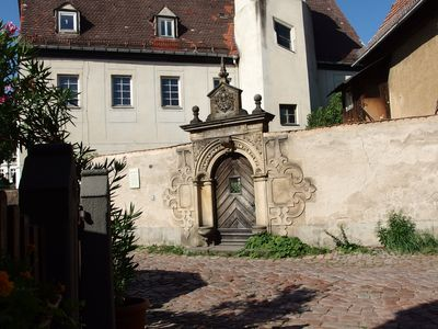 Photo for Jahnaischer Hof - idyllically situated on the castle hill in the Meißner old town